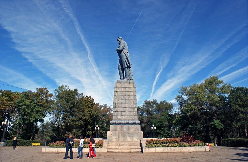 Памятник Шевенко
