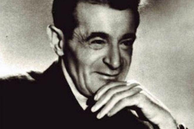 Поэт Светлов Михаил