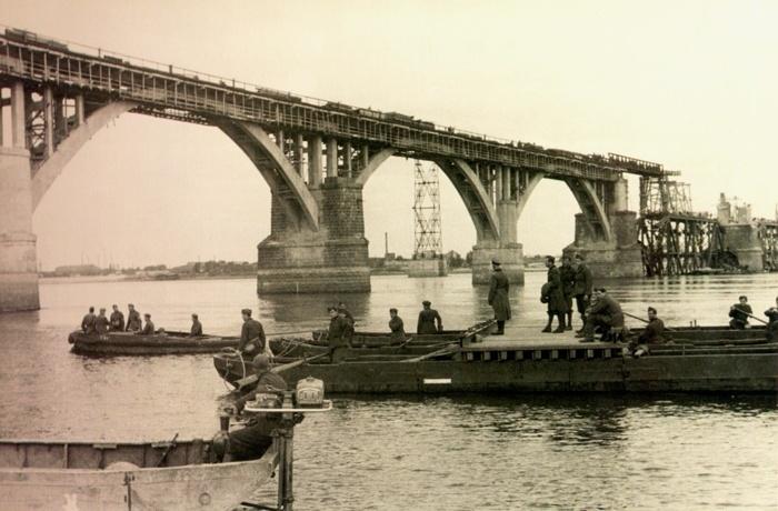 Мерефо-Херсонский Мост Днепр