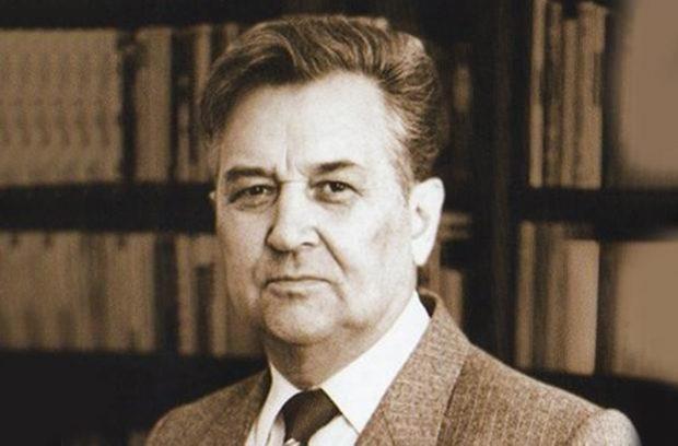 Олест Гончар, писатель