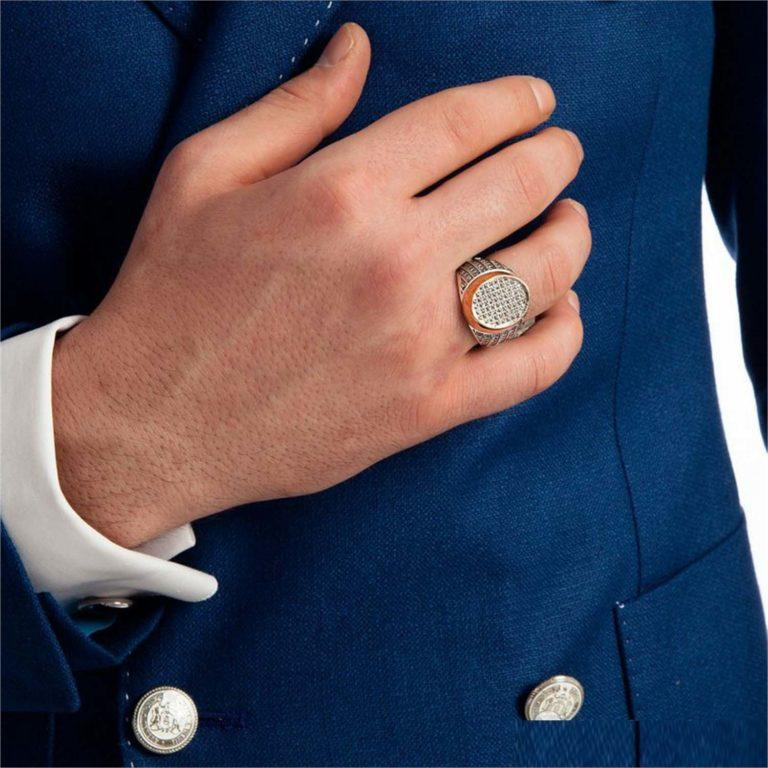 Мужские золотые кольца: их разновидности и особенности выбора